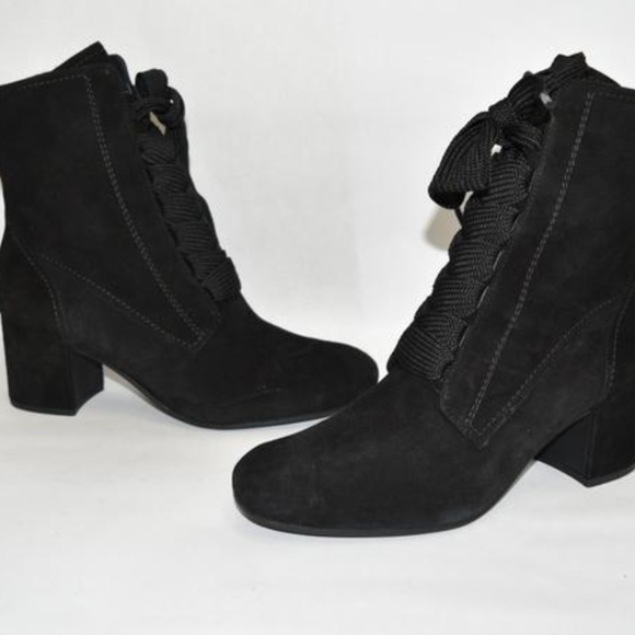 Nwt Tracy Laceup Bootie Black Suede